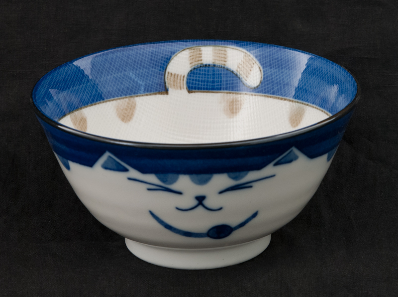 grand bol chat japonais maneki neko 15 cm en porcelaine du japon made in japan. Black Bedroom Furniture Sets. Home Design Ideas